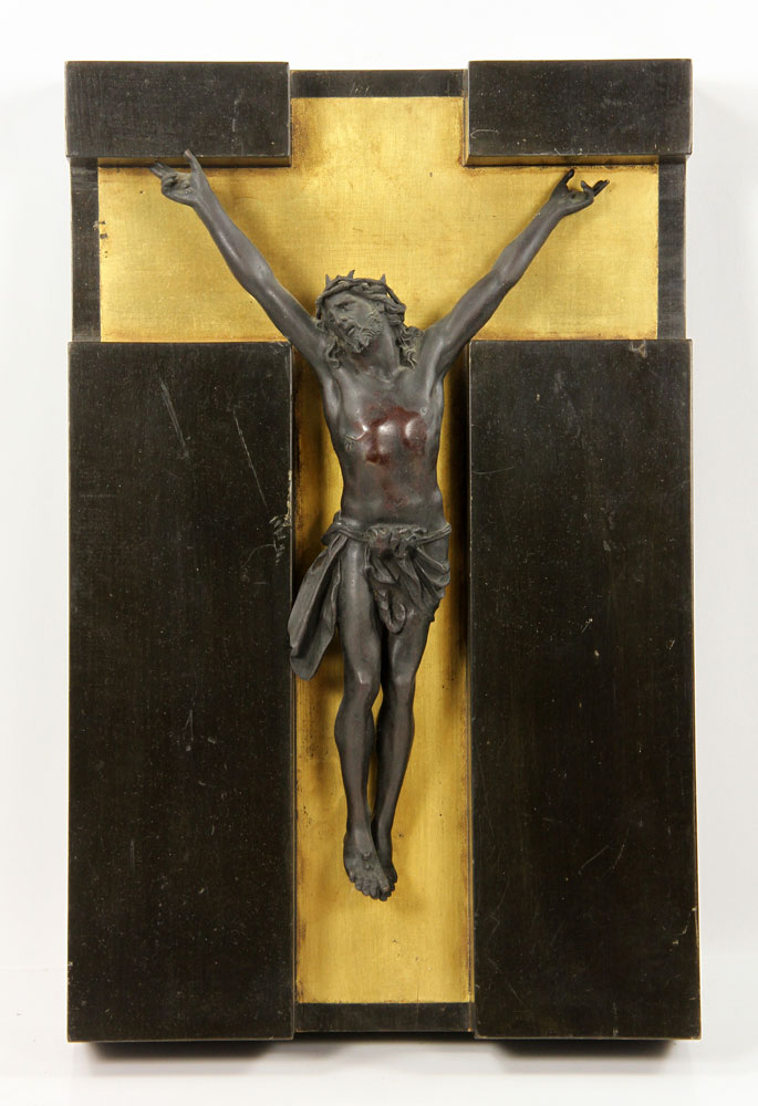 Sculpture of Christ on the cross