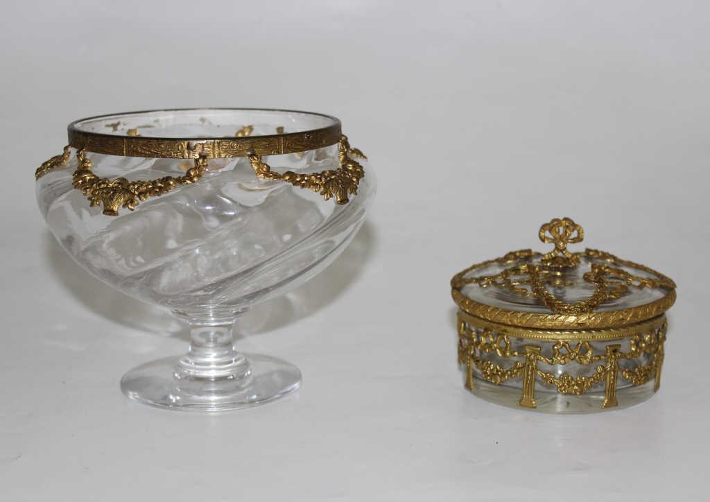 Coupe et petite boîte en cristal taillé