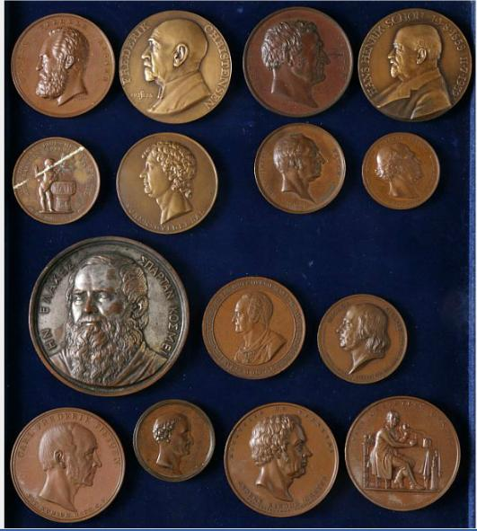 Danish medals of persons, 15 different, in bronze