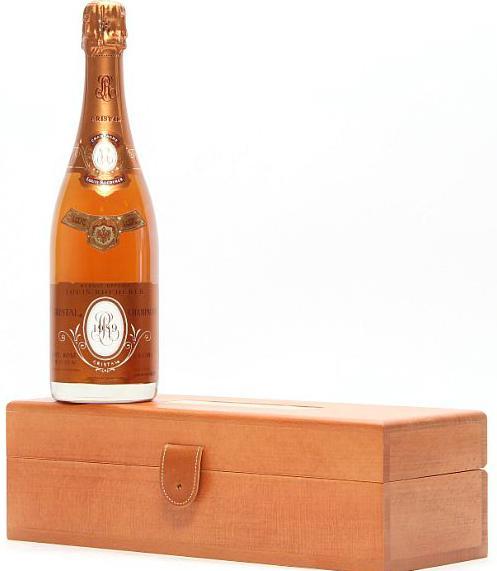 """1 bt. Champagne """"Cristal"""" Rosé, Louis Roederer 1989 A-A/B (bn). Owc"""