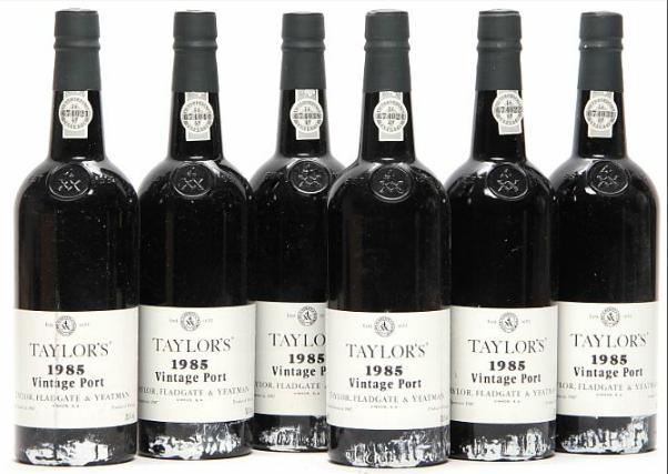 6 bts. Taylor's Vintage Port 1985 A (hf/in).