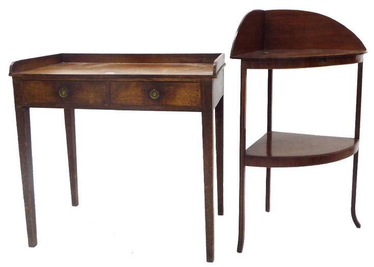 Early 20th century mahogany writing table with raised back