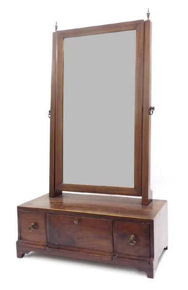 Good 19th century mahogany dressing mirror, fitted with three drawers and original glass plate