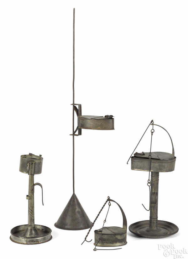 Tin fat lamp with a stand
