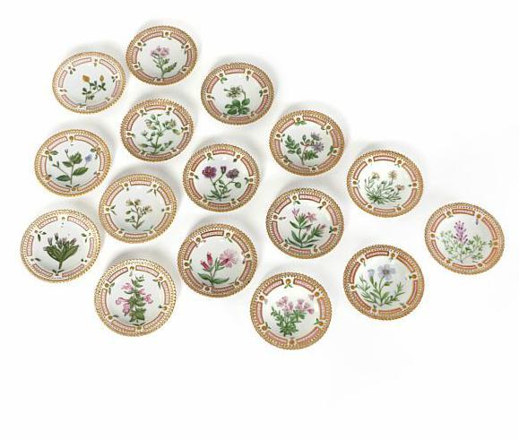 """Flora Danica"" 16 place setting porcelain ashtrays"
