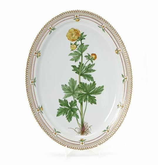 """""""Flora Danica"""" porcelain dish, decorated in colours and gold with flowers"""