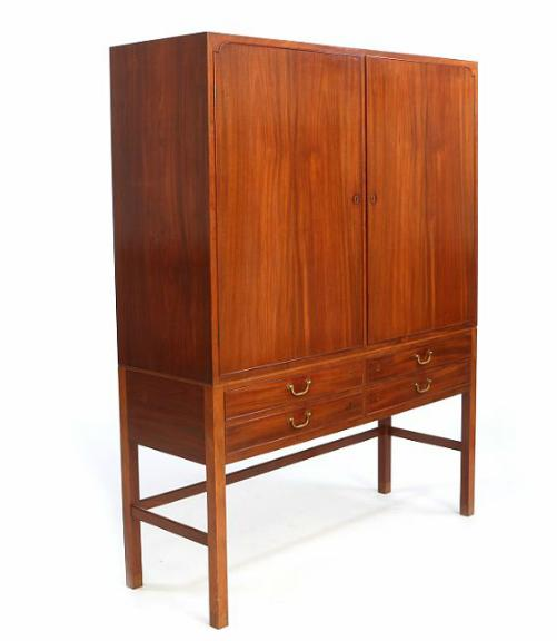 Tall cabinet of Cuba mahogany with shoes and molding of rosewood