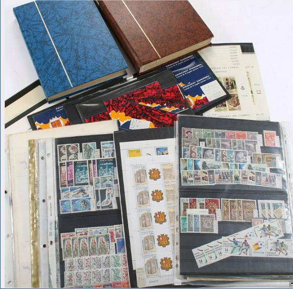 Andorra. Stock with many better stamps, complete sets, minisheets and booklets.