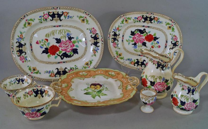A Mintons part tea and dinner service