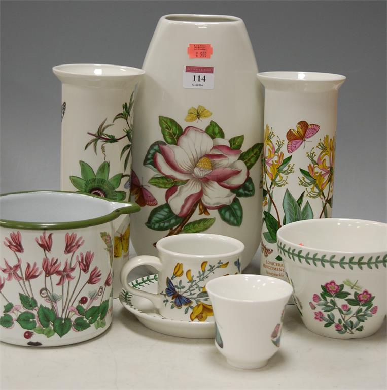 A small collection of assorted Portmeirion tablewares in the Botanic Garden pattern
