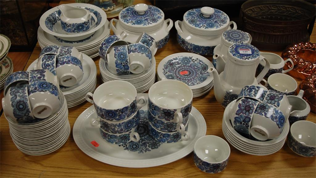 A Spanish 'The Castilian Collection' Pontessa ironstone part tea and dinner service