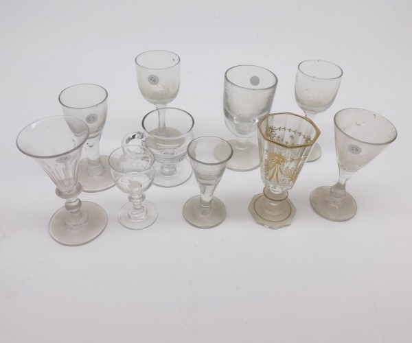 Mixed Lot: 19th century glass wares to include small sherries, rummers, spirit glasses, wines etc and further custard cup