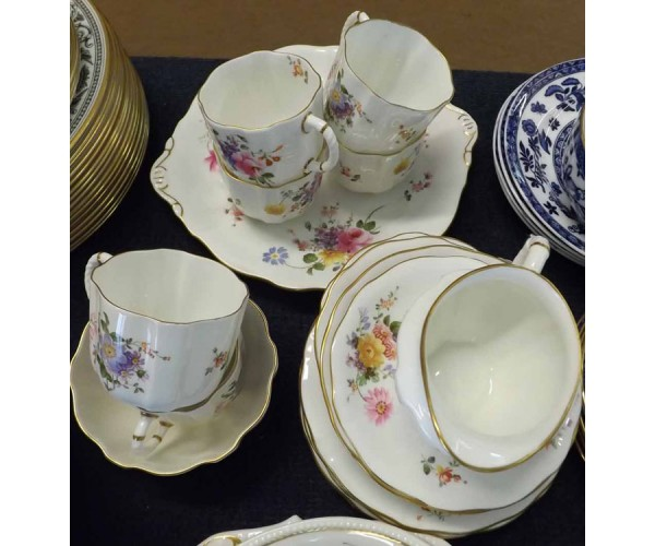 Quantity of Royal Crown Derby tea wares in the Derby Posies pattern, comprising: double-handled sandwich plate, milk jug, sugar