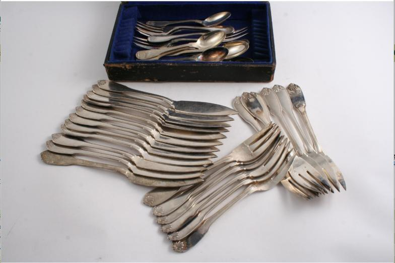 A set of twelve 20th century French fish knives and forks in a version of Fiddle