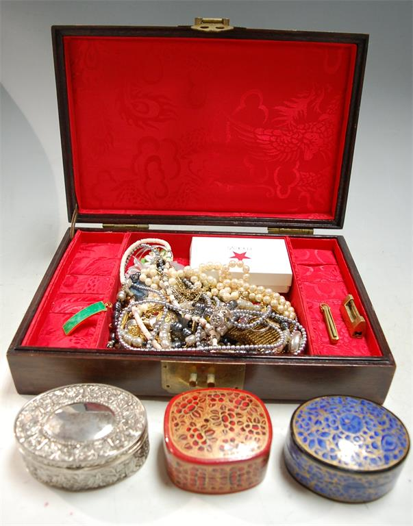 A modern Chinese hardwood and mother-of-pearl inlaid jewellery box