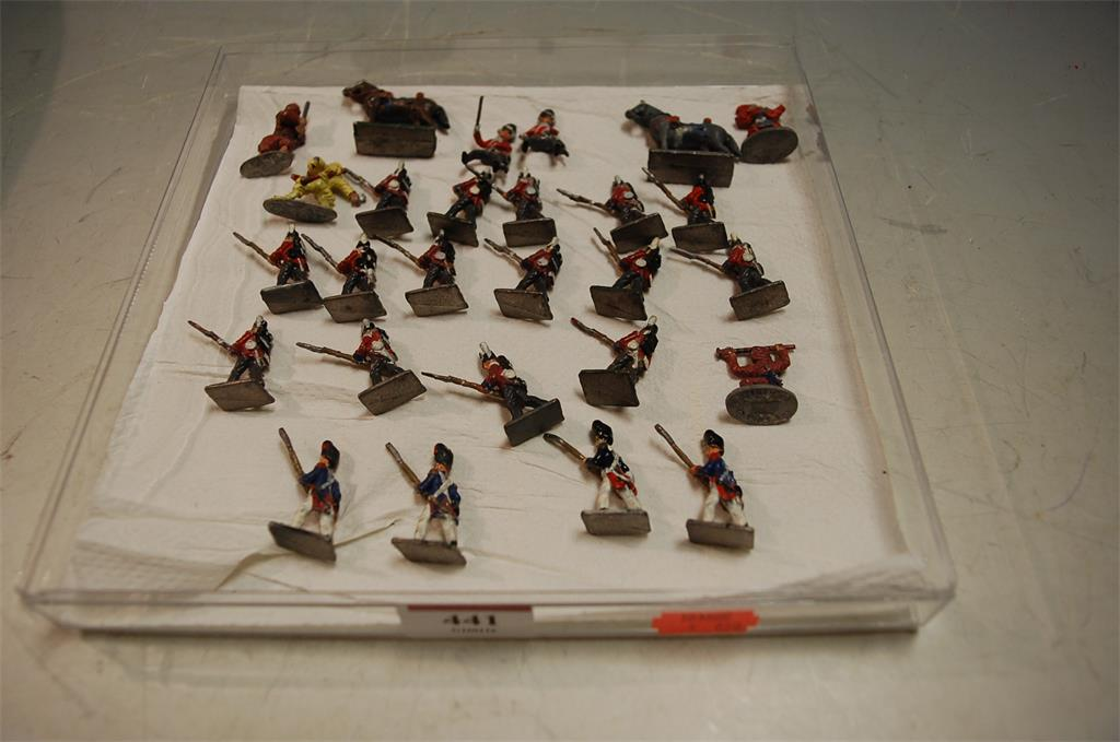 A collection of assorted painted lead figures of soldiers
