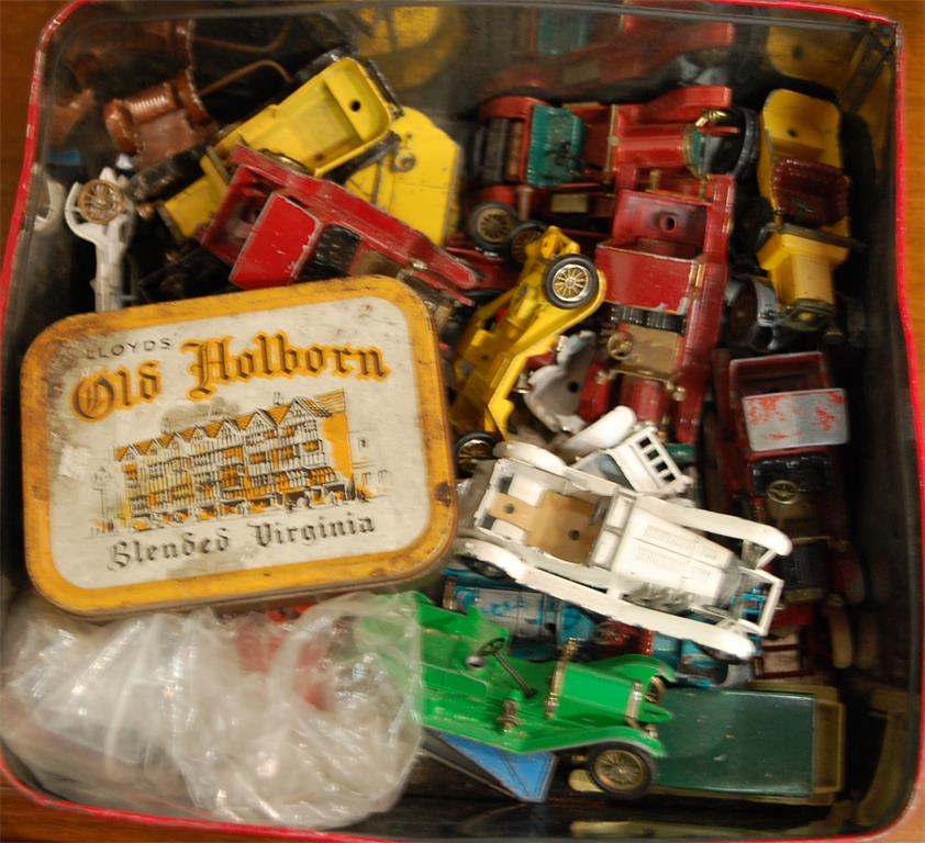 A box of assorted loose playworn diecast toy vehicles to include Models of Yesteryear No. 7 1913 Mercer Raceabout