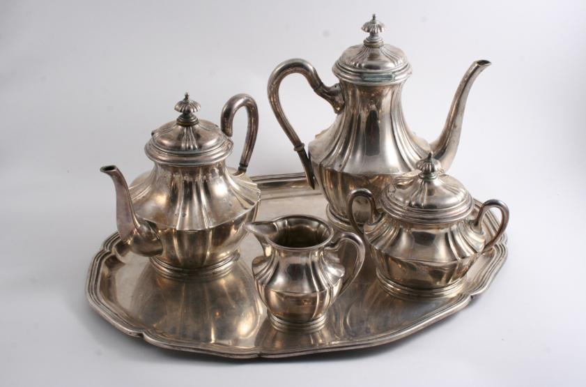 A LATE 19TH / EARLY 20TH CENTURY GERMAN TEA & COFFEE SERVICE