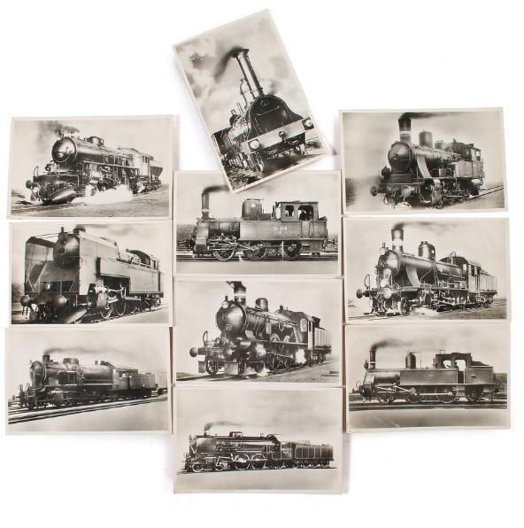 Postcards. TRAINS. 10 older postcards. App. from 1930´s