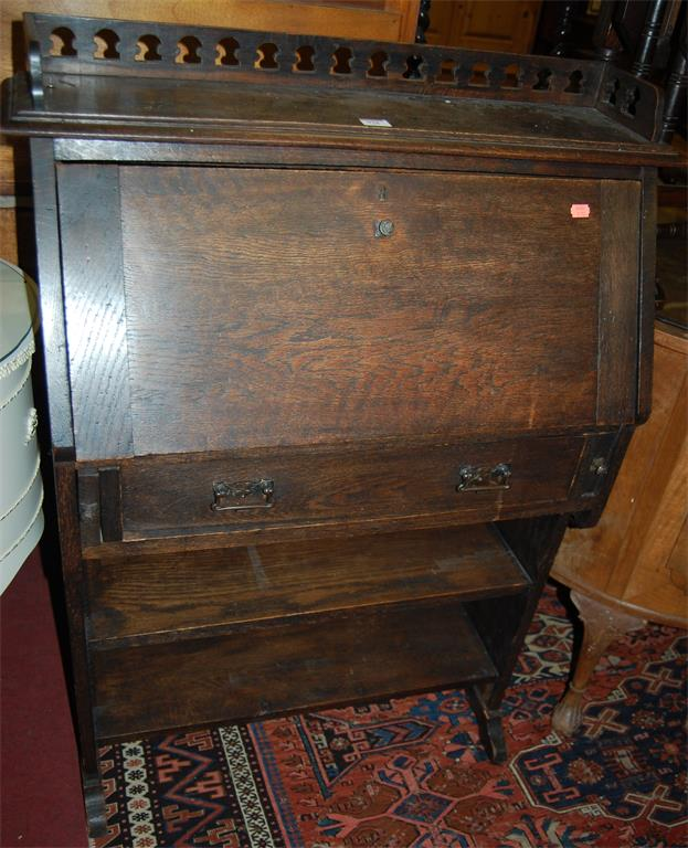An early 20th century oak students bureau