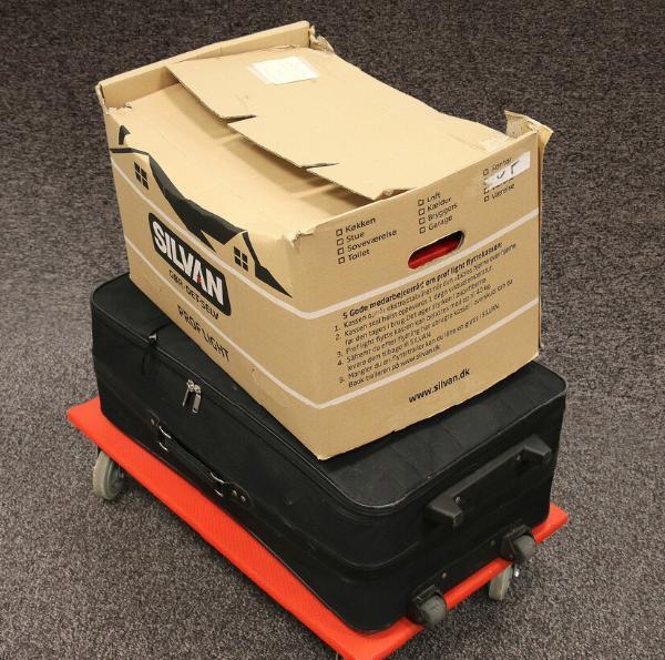 World. Large box + suitcase
