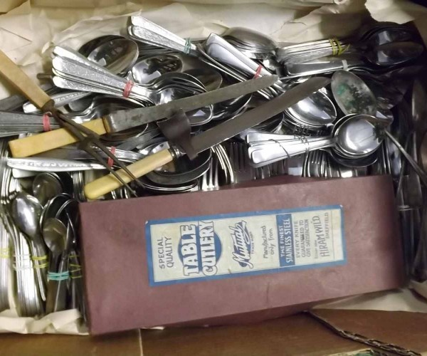 Large Mixed Lot: assorted silver plate and steel cutlery