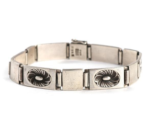 A sterling silver bracelet. Design no. 56B
