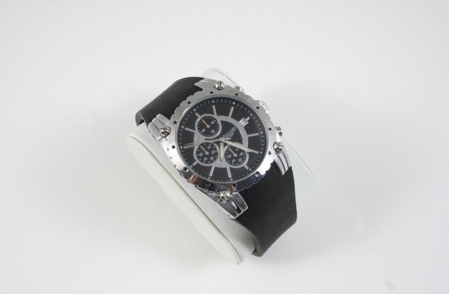 A GENTLEMAN'S STAINLESS STEEL ROVER AND LAKES CHRONOGRAPH WRISTWATCH