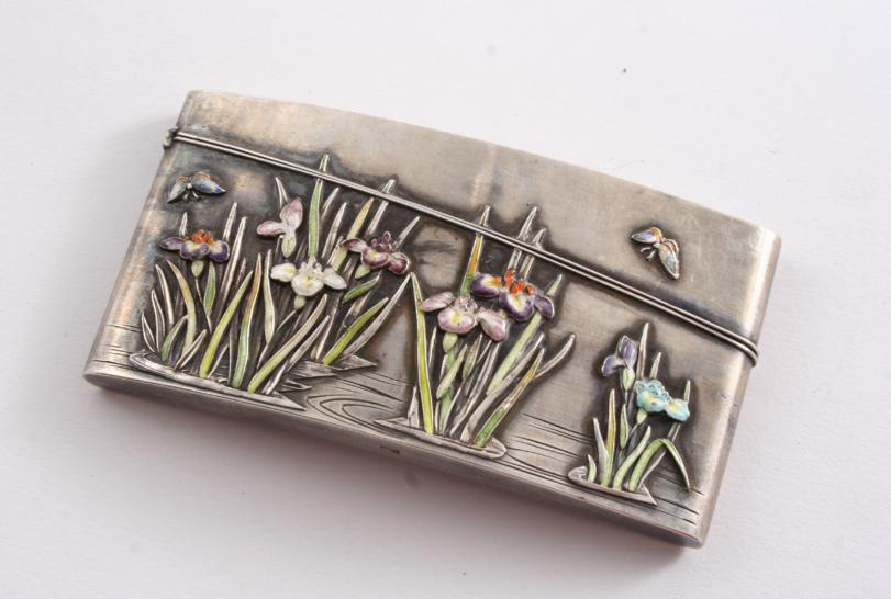 A LATE 19TH / EARLY 20TH CENTURY JAPANESE CARD CASE