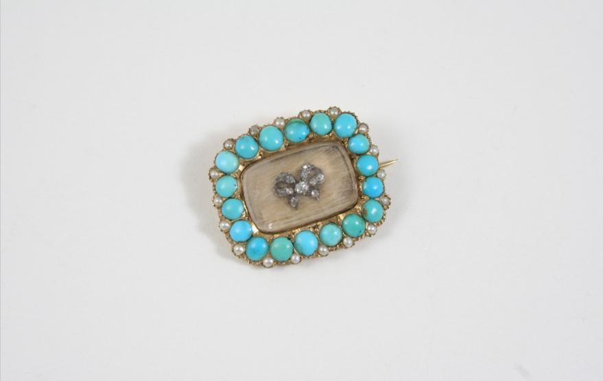 A VICTORIAN TURQUOISE AND DIAMOND BROOCH