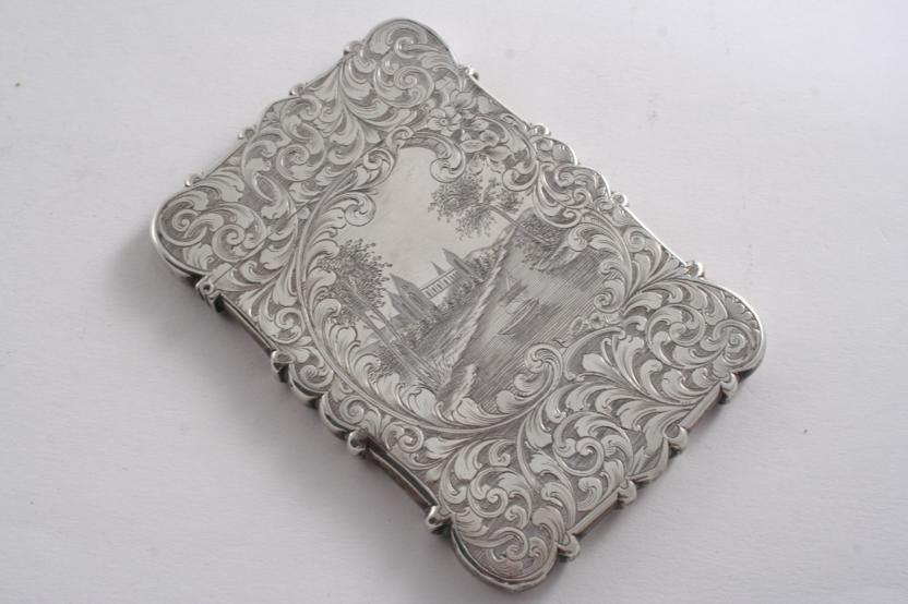 A VICTORIAN ENGRAVED CARD CASE