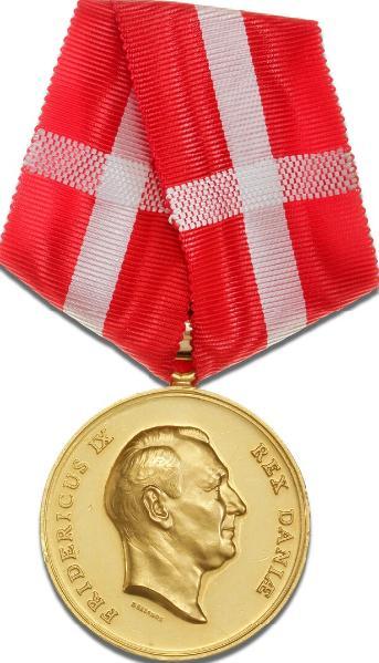 Fortjenstmedaljen i guld med øsken, Harald Salomon/ Frederik Krohn, Type I, LS 2-064
