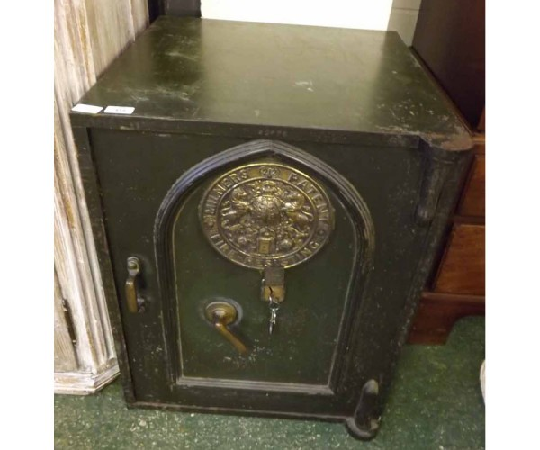 Large vintage Milners fire resistant patent safe, with fitted interior