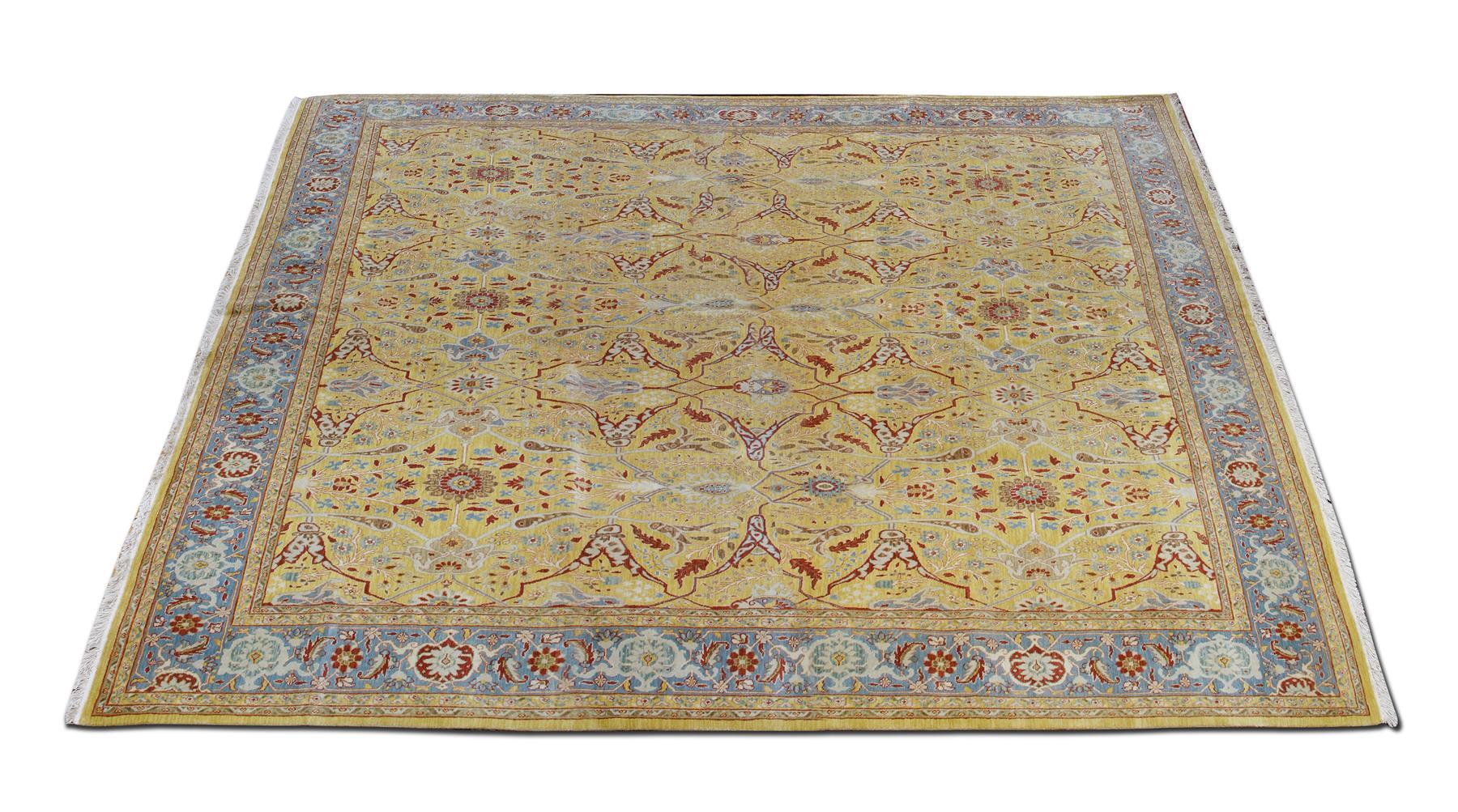 FINE PERSIAN DESIGN ROOMSIZE CARPET