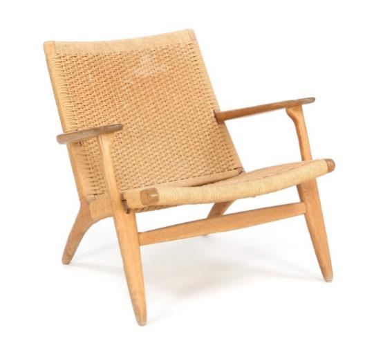 """""""CH 25"""". Easy chair of oak. Seat and back with woven papercord"""