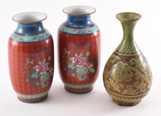THREE CHINESE CERAMIC VASES