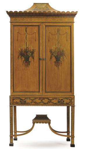 PAINT DECORATED CHINESE CHIPPENDALE STYLE CABINET
