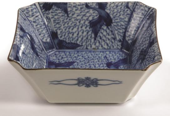 CHINESE STYLE SQUARE BOWL