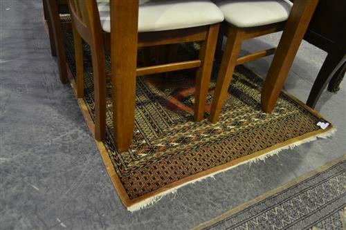 Rust Toned Carpet w Central Medallions