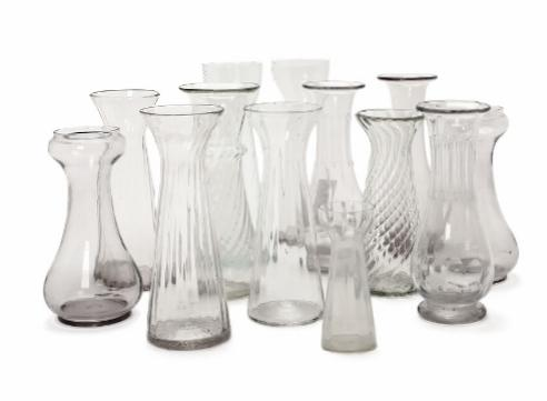 13 hyacinth glassses in clear glass optical twisted smooth and baluster shaped, two with cut body