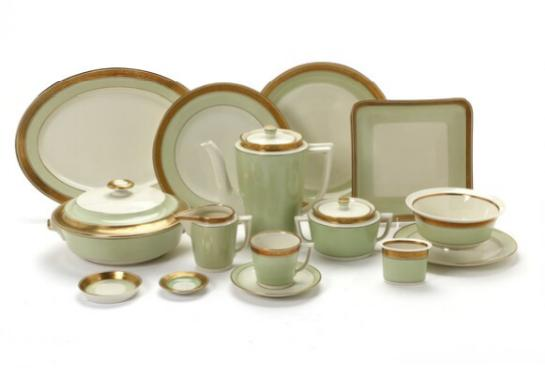 """Dagmar"" porcelain dinner and coffee service, decorated in gold and green"