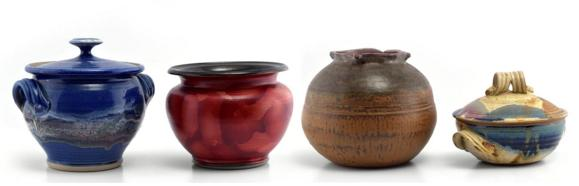 FOUR PIECES OF CONTEMPORARY STUDIO POTTERY