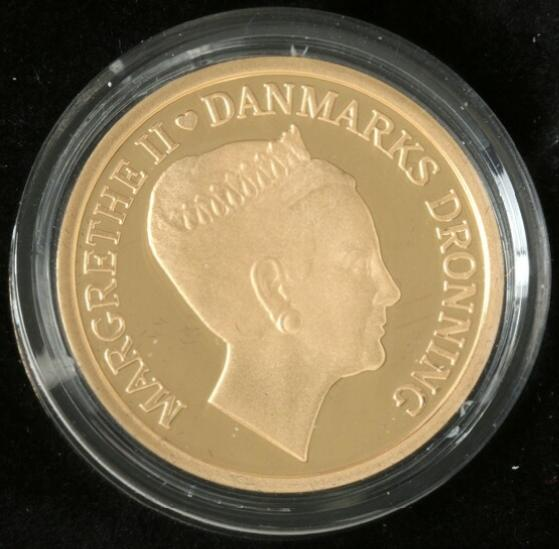 1000 kr 2010, Au, struck on the 70 birthday of HM the Queen