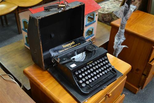 Torpedo Vintage Typewriter