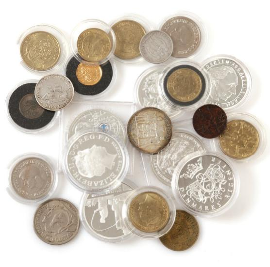 Collection Dansh and foreign coins and medals incl. Greenland, Danish West Indies.