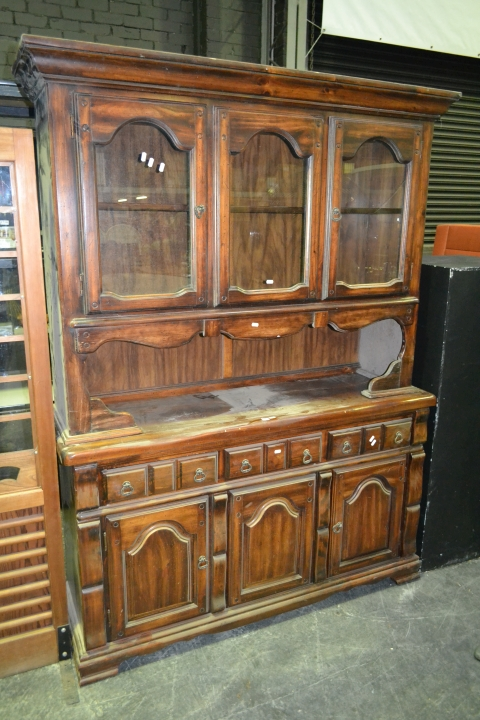 Timber Buffet and Hutch
