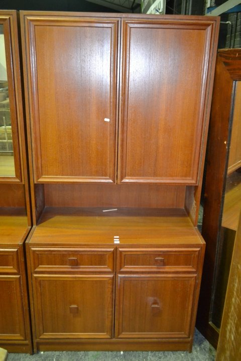 Australian Cabinet w 2 (Stamped to back)