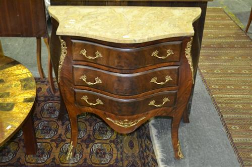 French Style Bombe Commode w 3 Drawers