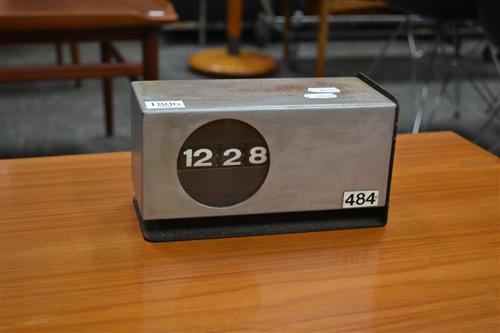 Metal Cased Desk Top Flip Clock