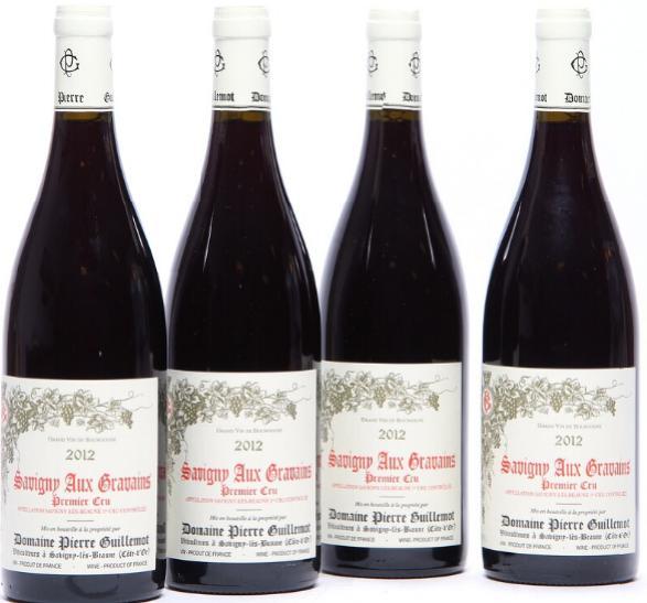 """12 bts. Savigny les Beaune 1. Cru """"Les Gravains"""", Pierre Guillemot 2012 A (hf/in). Oc."""